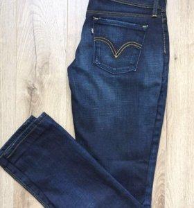 Новые джинсы Levi's р.30