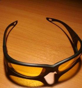 Очки с желтыми линзами(автомобилиста)
