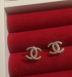 Золотые Серьги 585 проба с фианитами Chanel(новые)