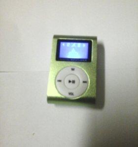 Мп 3 плеер , ipod, mikro SD слот.