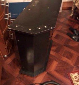 Аквариумный столик