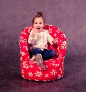 Креслице «Снежинки» детское