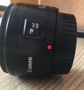 Canon lens EF 50MM 1 1.8
