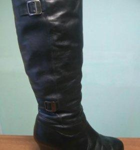 Женские кожаные зимние сапоги.