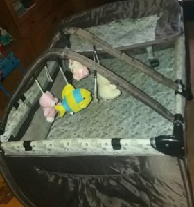 Детская кроватка- манеж