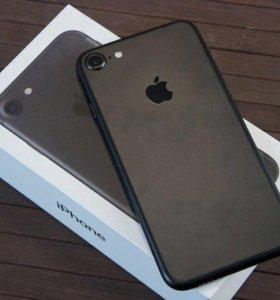 iPhone 7 32 A1778.