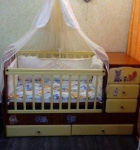 Кроватка-качалка детская.