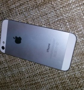 Айфон 5 (торг)