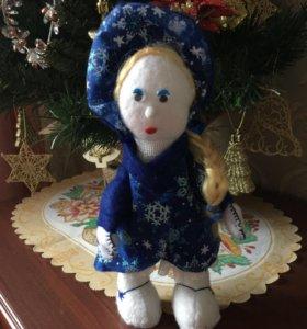 Снегурочка-новогодняя мягкая игрушка, ручная работ