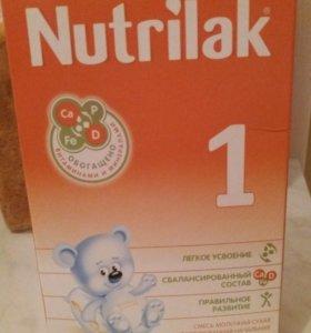Смесь Nutrilak с 0 до 6 месяцев.