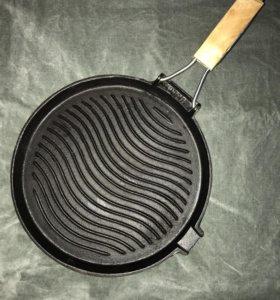 Сковорода чугунная новая