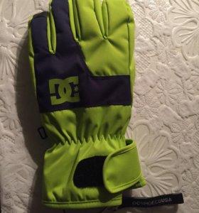 Перчатки непромокаемые 10К.Сноубордические утеплен