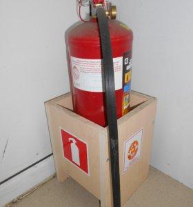 Порошковый огнетушитель ОП 4 с подставкой