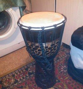 Джембе барабан.