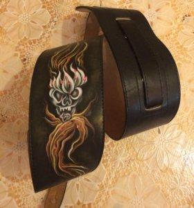 Кожаный ремень для гитары , электрогитары , бас