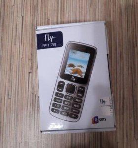Телефон Fly новый
