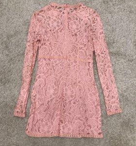 Новое ажурное розовое платье