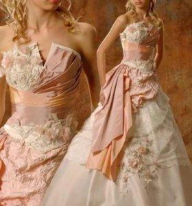 Платье на свадьбу,выпускной.