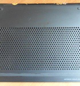 Подставка под ноутбук с охлаждением