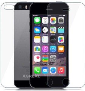 Защитное заднее стекло на iPhone