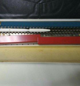 Машинка для ручного вязания Товус УРВ-28