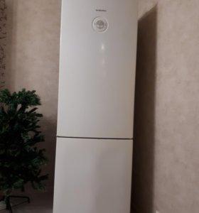 Холодильник Daewoo FR417