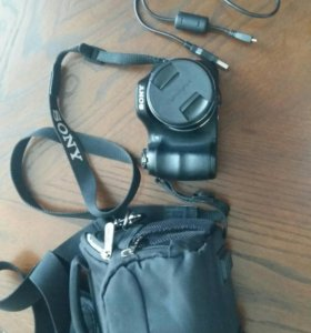 Цифровой фотоаппарат Sony DSC-H200