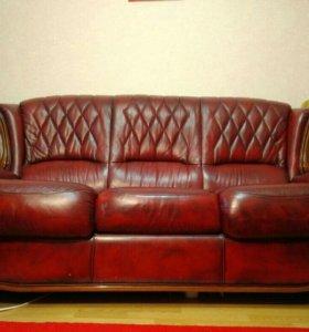 Мягкая мебель кожа (диван-кровать и два кресла)