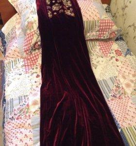 вечернее платьеВельвет размер 42 44