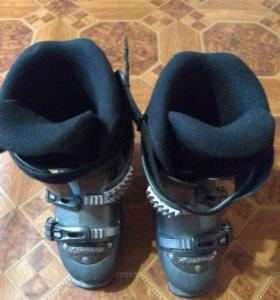 Горнолыжные ботинки нордика женские