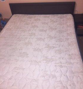 Срочно!!!Кровать двуспальная 200/160