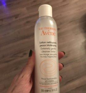 Средство для снятия макияжа Avene