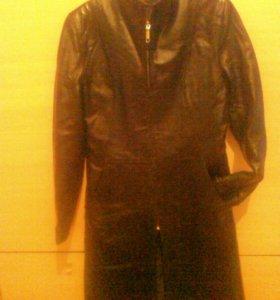 Кожаная куртка длинная