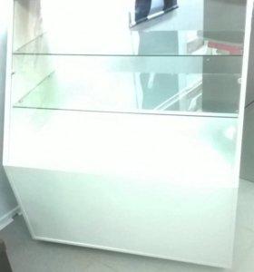 Торговое оборудование-витрины