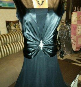 Маленькое чёрное платье р.48