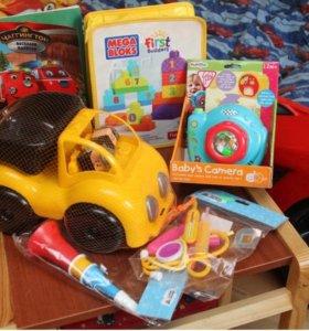 Пакет игрушек и отдельно