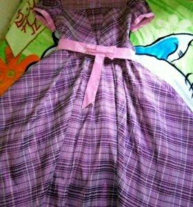 Праздничное платье 134 р-р