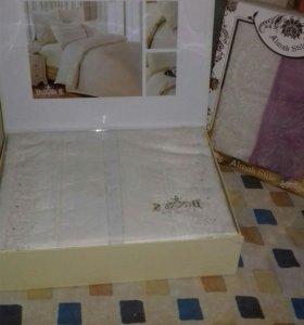 Постельное бельё + полотенца