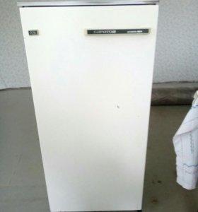 Холодильник Саратов 1524