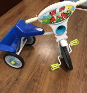 Трехколёсный велосипед