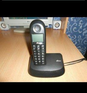 Телефон с базой