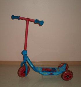 Самокат 3-х колесный для мальчика