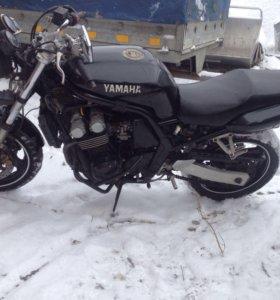 Yamaha Fz 400