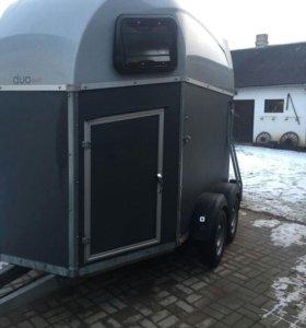 Прицеп-коневозка Boeckmann Duo Esprit
