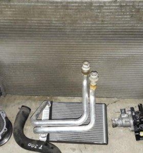 Chevrolet Aveo T300 радиатор охлаждения мт