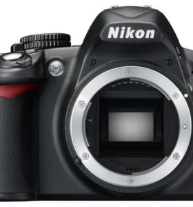 Фотоаппарат Nikon D3100 body + карта 32ГБ