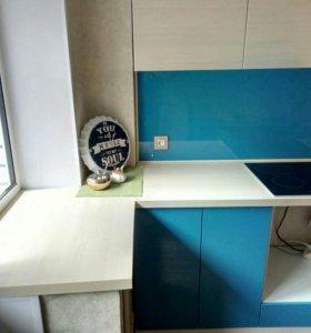 Кухонный гарнитур комбинированный