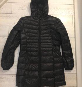 Куртка ( примерно S)