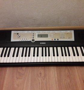 Синтезатор Ямаха psr-r200