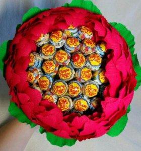 Цветок с чупа-чупсами